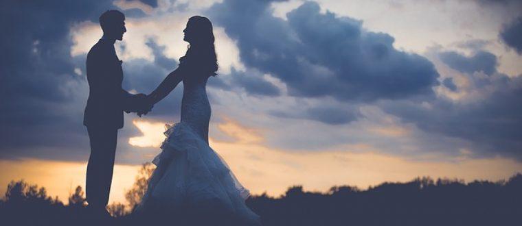 איך לארגן חתונה מפתיעה בלי לקרוע את הכיס?